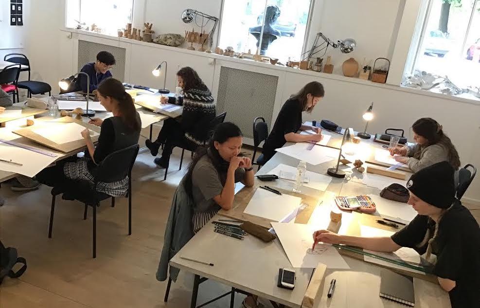 tegnskole og designskole - bliv undervist i animation, fashion design, arkitektur, medieskole